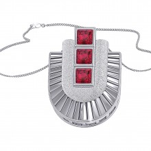 THE RUBY HORSESHOE CHARM PENDANT