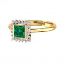 THE EVERGREEN EMERALD RING