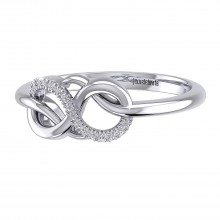 THE SAVVY INFINITY RING